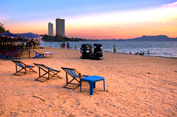 Relax your day away on a beach chair for rent at Pattaya